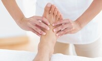 60-Minute Foot Massage or 30-Minute Body Massage and 40-Minute Foot Massage at Health Spa (Up to 30% Off)